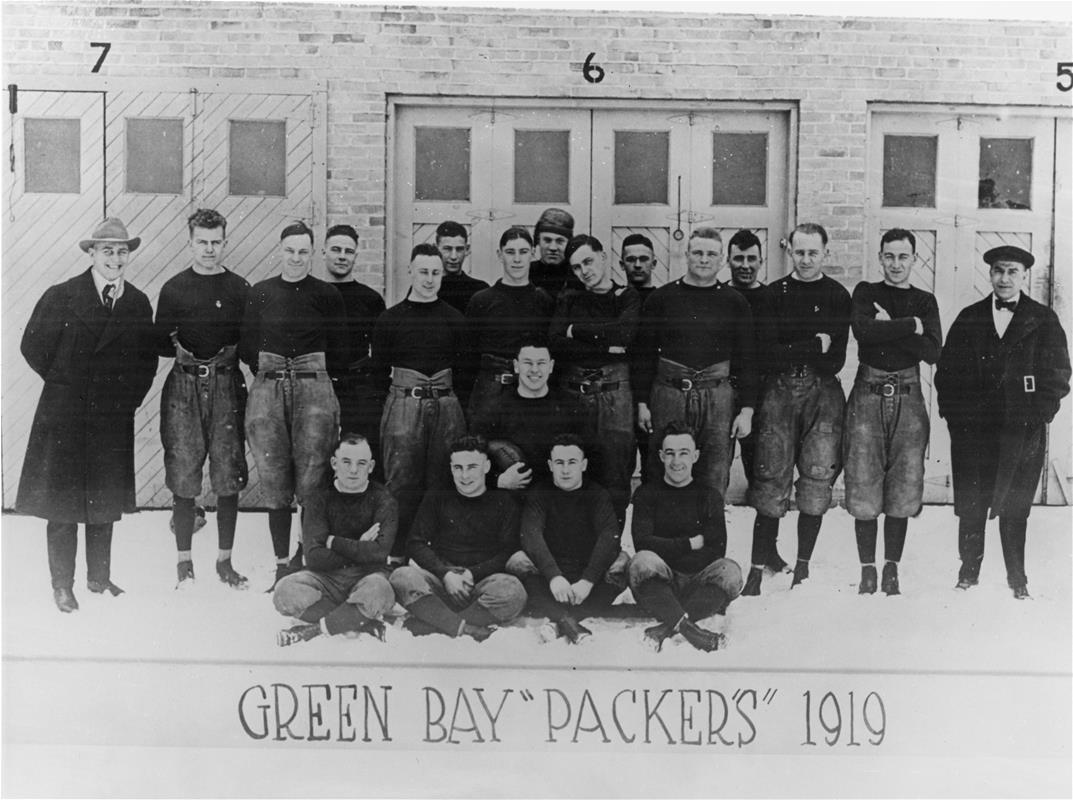 1919 Green Bay Packers team photo
